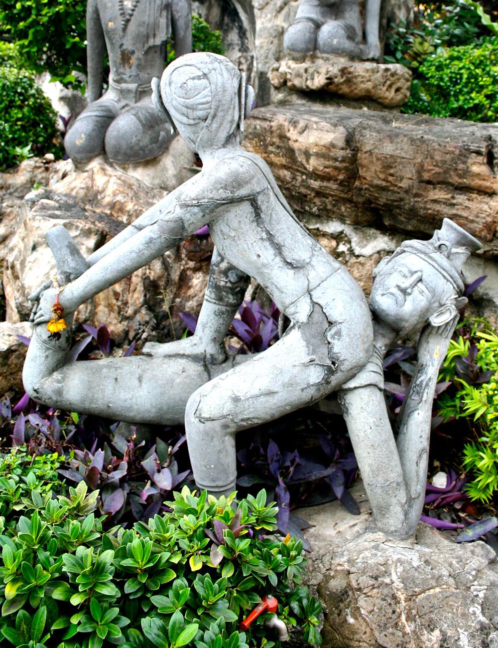 Thai massage sculpture